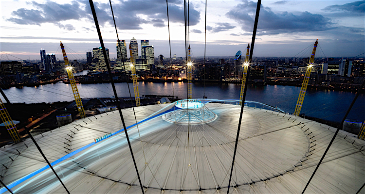 Climb the O2 for Valentines