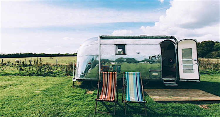 Airstream for two - romantic glamping