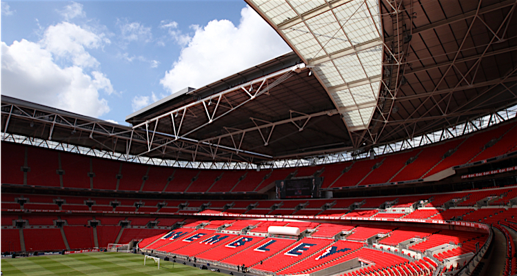 Why Don T More Stadiums Have Roofs In The Uk Here S Why