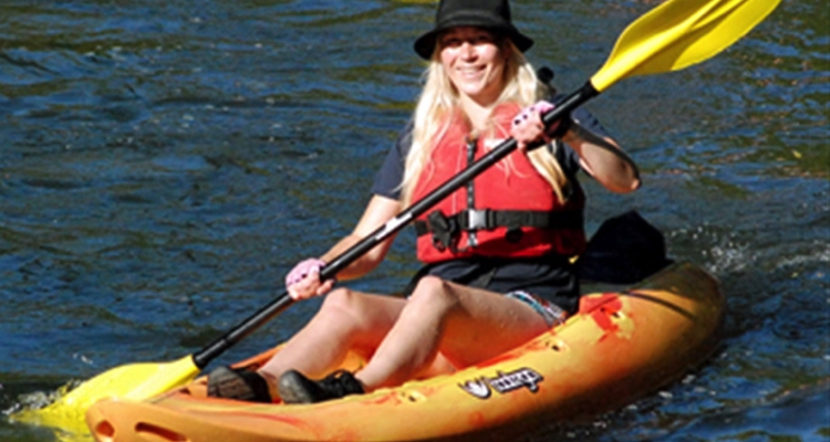 two blade paddle kayak