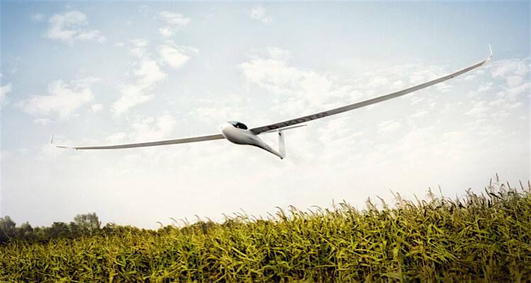 silent glider flight