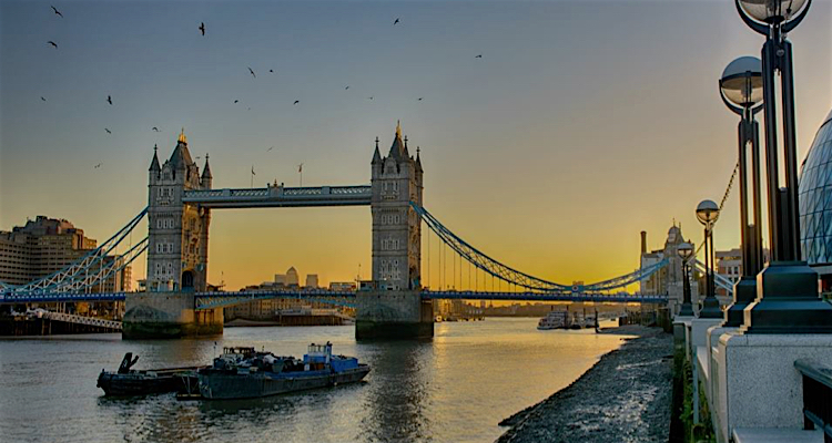 Tower Bridge adventurous date