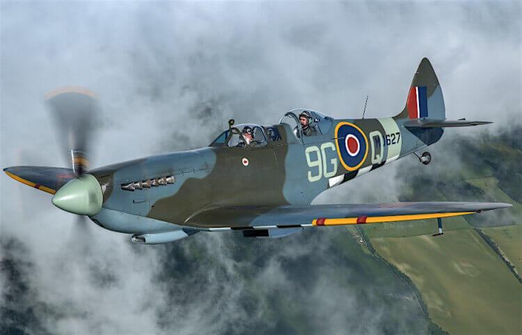 RAF100 Spitfires at Biggin Hill