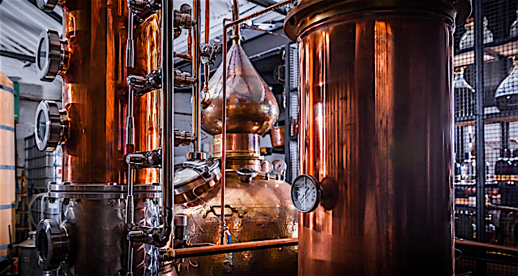 whisky distilling