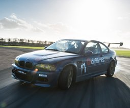 Learn to Drift. Drifting Activity Day Gift Ideas and experience vouchers