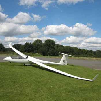 Gliding in Surrey