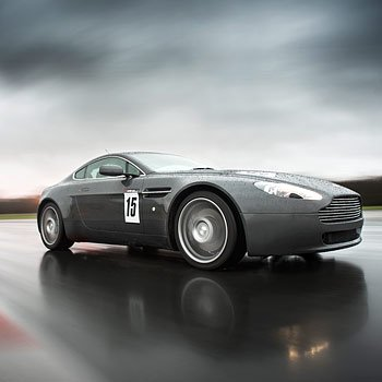 Aston Martin V8 Vantage Experience