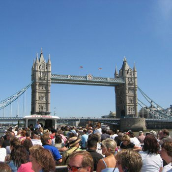 Cruise And London Attraction