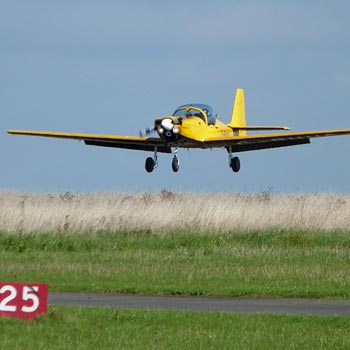 Flying Lessons Leicester Airport Picture