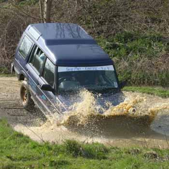 A True 4x4 Off Road Experience in Wiltshire