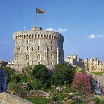 A-of Windsor Castle windsor castle entry afternoon tea for two windsor castle berkshire ...