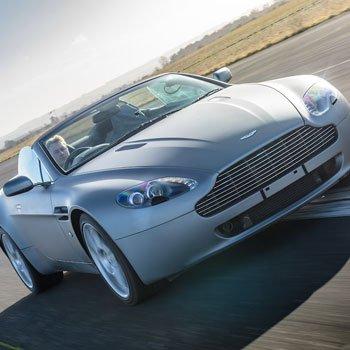 Aston Martin 007 Drive Picture