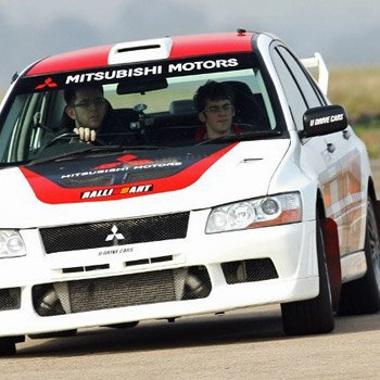 Mitsubishi Thrill in Oxfordshire