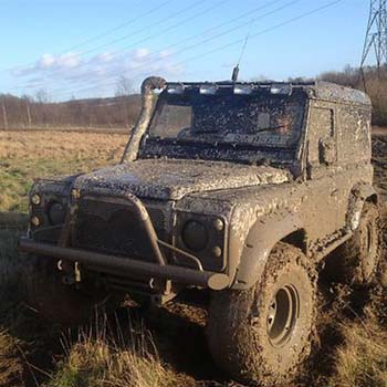 Off Roading Cars - Landrover Day Essex