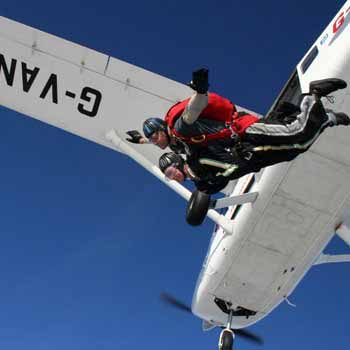 Fun Filled Skydives in Wiltshire